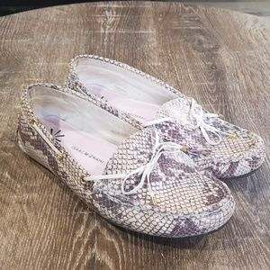 Isaac Mizrahi leather snake print driving loafers